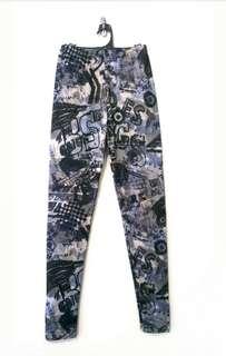 (S) Graffiti Legging Pant BRAND NEW RRP: $29.99