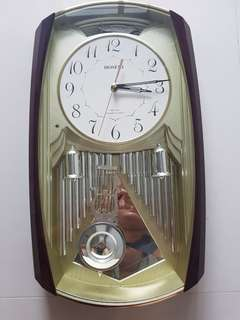 Hoseki  Wall Clock Used