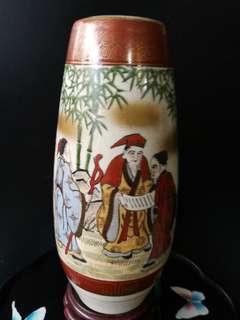 1920年 日本 Satsuma 九谷岳朋 开片描金天珠瓶 高 26公分 周园 12公分