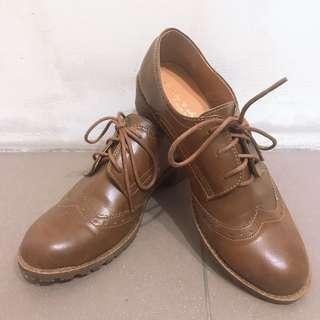 🚚 褐色學院風牛津鞋✨特價200$