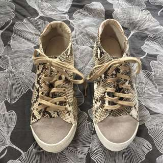 Witchery sneakers