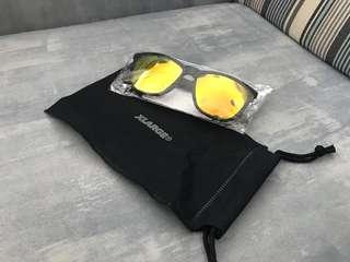 XLARGE太陽眼鏡 (100%New)