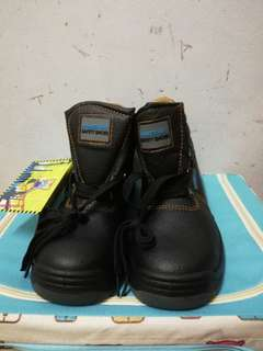 Hammer-man Safety shoes