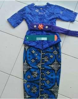 Traditional Costume (kebaya set lace)