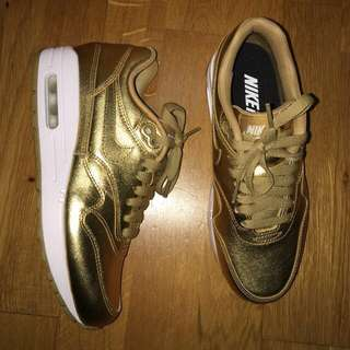 New Nike id gold metallic sneakers