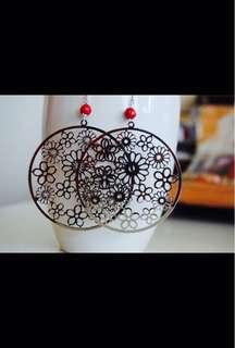 Mana Ruhi silver earrings