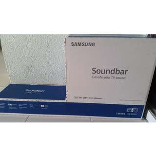 Soundbar HW-M550 340W