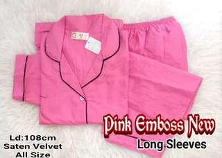 Piyama lengan panjang pink emboss