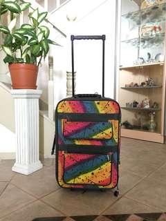 Rainbow luggage cabin size