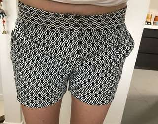 Black & White pattern shorts