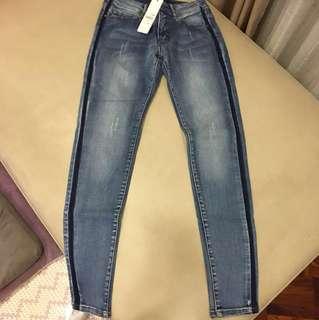 🚚 Singlenoble 藍色窄管牛仔褲