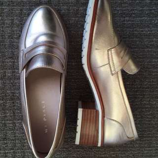 Mi Piaci Rose Gold Loafers - SIZE 37