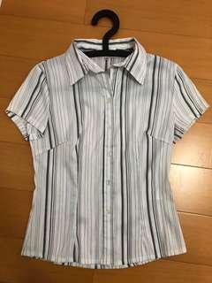 🚚 二手衣 白底黑色直條紋襯衫