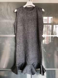 全新灰色針織連身裙