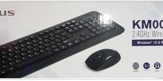 Targus KM001 2.4Ghz Wireless Mouse & Keyjoard Combo