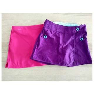 Girl 2 pieces of  divided skirts 6-9Y