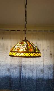 Stained glass dinning lamp