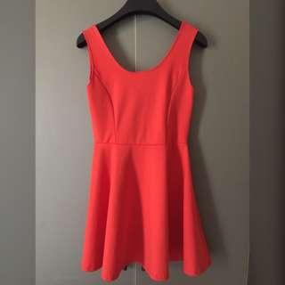 🚚 🎀橘紅挖背小洋裝