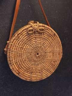Circle Bali rattan bag