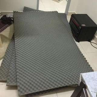 (Large) Acoustic Foam Soundproof Studio Sponge