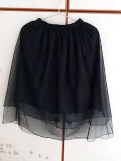 黑色半截紗裙(95%新)