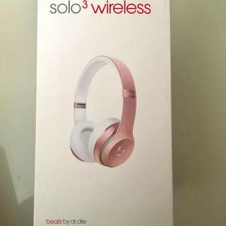 Beats Solo3 wireless On-Ear Headphones-Rose Gold (Special Edition)