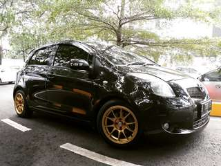 Toyota yaris 2007 manual hitam