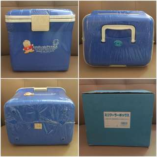 Sanrio Ahiru No Pekkle 鴨仔 1992 年 冰箱 (Made in Japan) 10 L x 9.5 H x 8 W 吋 (全新未用過) (** 只限北角地鐵站交 **)
