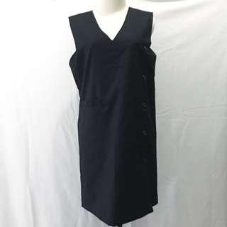 015. S/T black dress