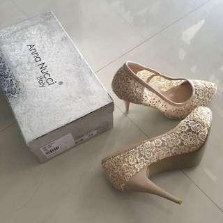 Anna Nucci Swarovski beige lace wedding heels