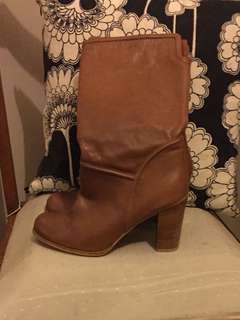 SEED leather boots size 39