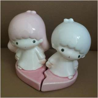 ** 分享 ** Sanrio Little Twin Stars 1976 年 人形 (心形) 陶瓷儲金箱 (Made in Japan)