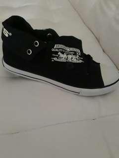 Levi's Highcut shoes