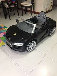 Audi R8 Spyder Battery Operate Car