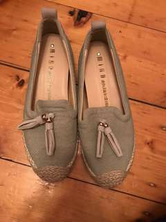 Flat espadrilles light blue with tassels