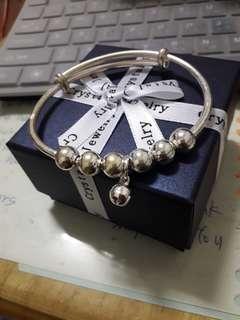 🚚 鈴鐺手環