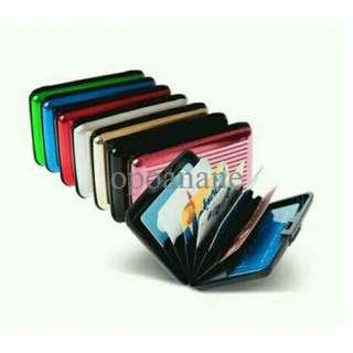 Dompet kartu alumunium