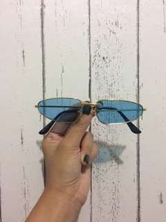 Dany Sunnies in Deep Blue