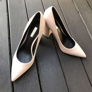 Guess- Soft Pink, Leather Heels