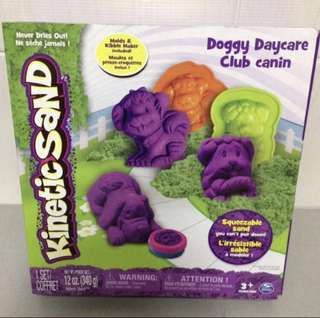 Brand New Kinetic Sand Doggy Daycare Club