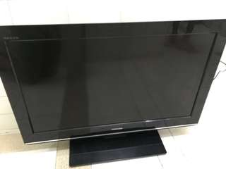 Toshiba LCD Colour TV 32 Inch