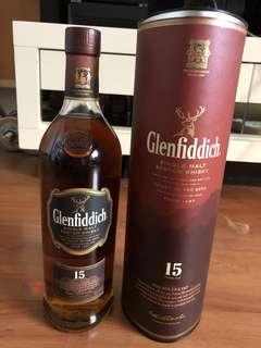 Glenfiddich Whisky (1L)15 year (single malt)