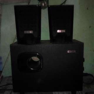 speaker i box