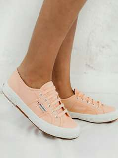bn superga sneakers in pink peach
