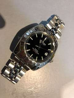Tudor Geneva 經典款式 38mm 自動日曆機芯⚙⚙ 淨錶⌚⌚ 特價發售😎😎
