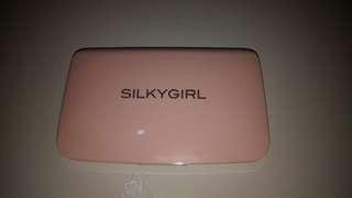 Silkygirl White Brightening 2way Powder SPF 30PA+++