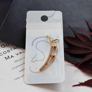 E84 Golden Diamond Ear Cuff with Studs