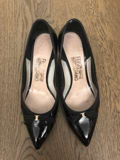 Salvatore Ferragamo Black Patent mini kitten work heels size 6.5