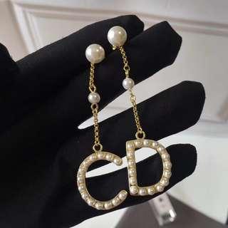 [Promotion] Buy 2 at $60. CD pearl earrings ear studs