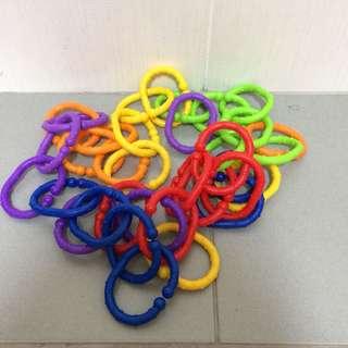 Stroller linkable hanging clips